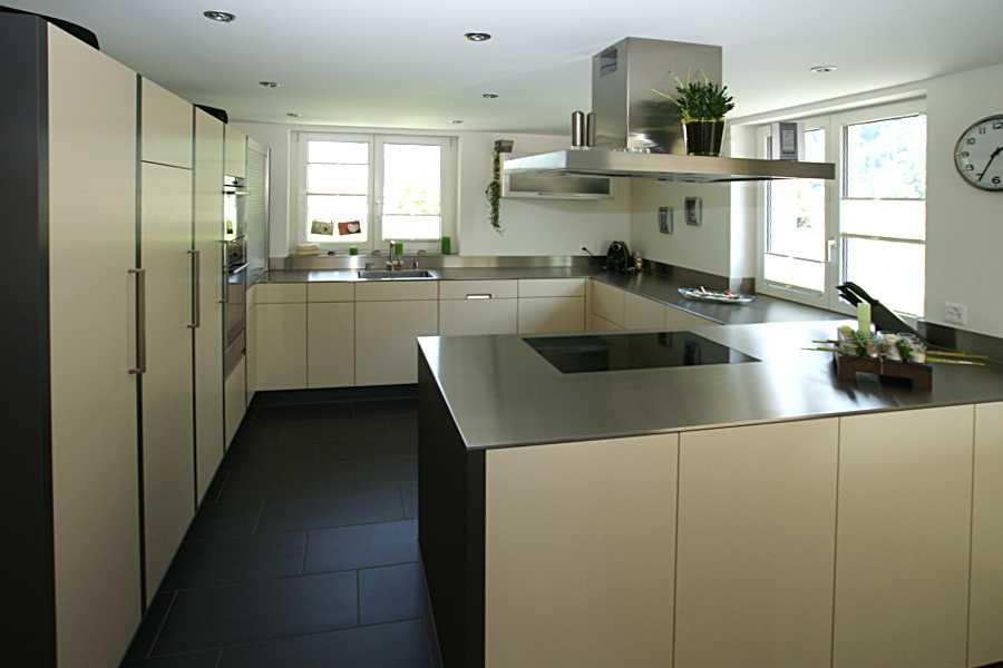 markus p ntener ag die elegante. Black Bedroom Furniture Sets. Home Design Ideas